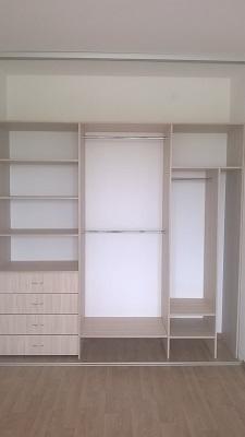 Встроенный шкаф купе 3-х дверный с фасадами покрытыми пленкой Orakal