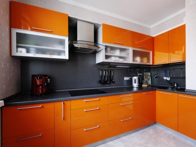 оранжевая встроенная кухня МДФ пленка Джоси