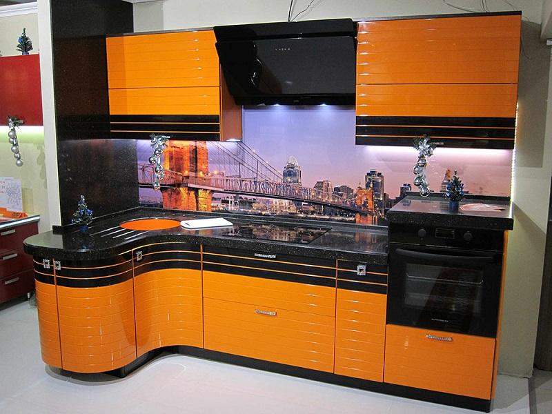 Оранжевая глянцевая кухня МДФ эмаль Фелиция