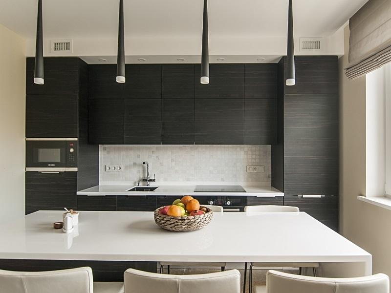 прямая встроенная кухня из пластика