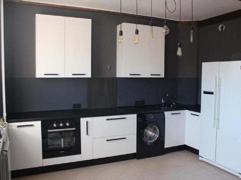 белая кухня из пластика Ирма