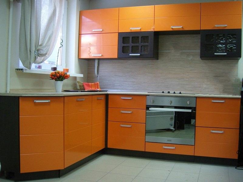 яркая кухня МДФ пленка Роуз