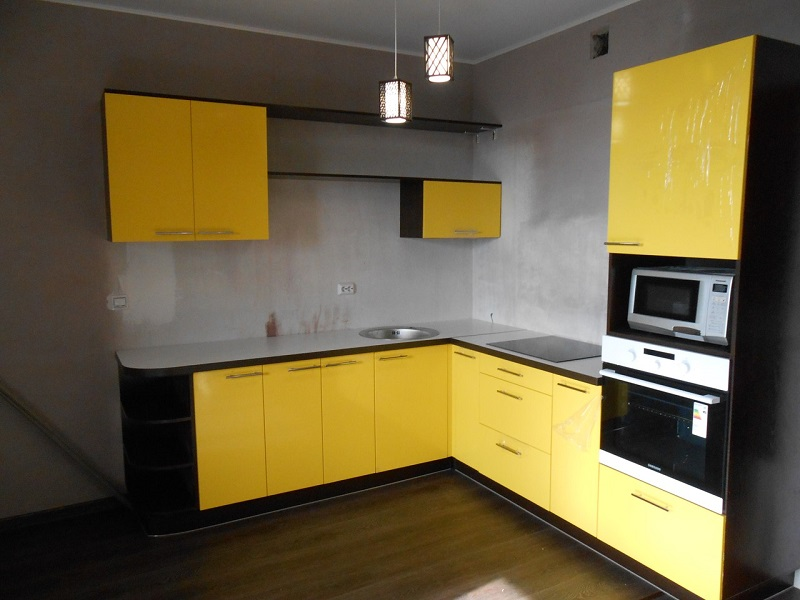 Желтая кухня МДФ эмаль Саманта