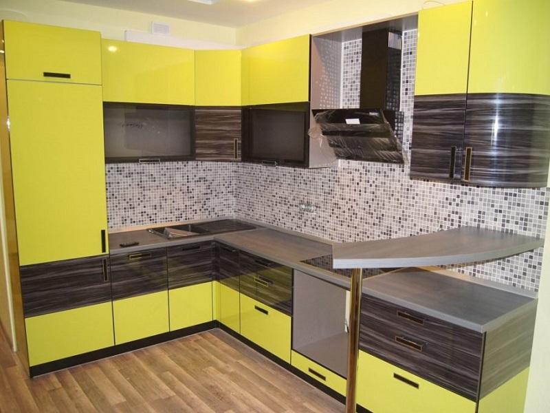 Угловая желтая кухня МДФ эмаль Шато