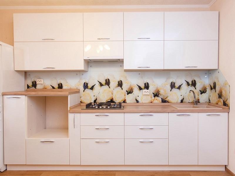 белая прямая кухня из пластика Юна