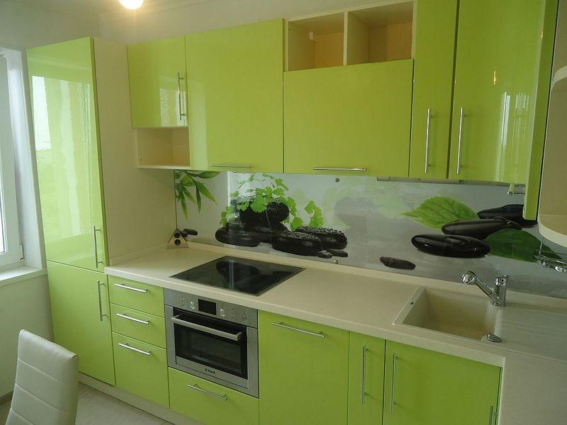 зеленая кухня МДФ в пленке Валли